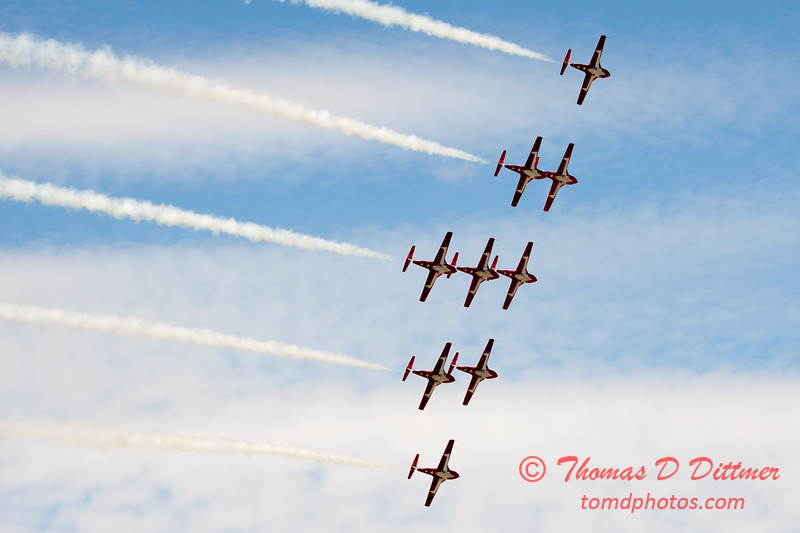 1724 - The RCAF Snowbirds performance at Wings over Waukegan 2012