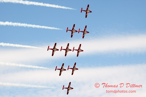 1722 - The RCAF Snowbirds performance at Wings over Waukegan 2012