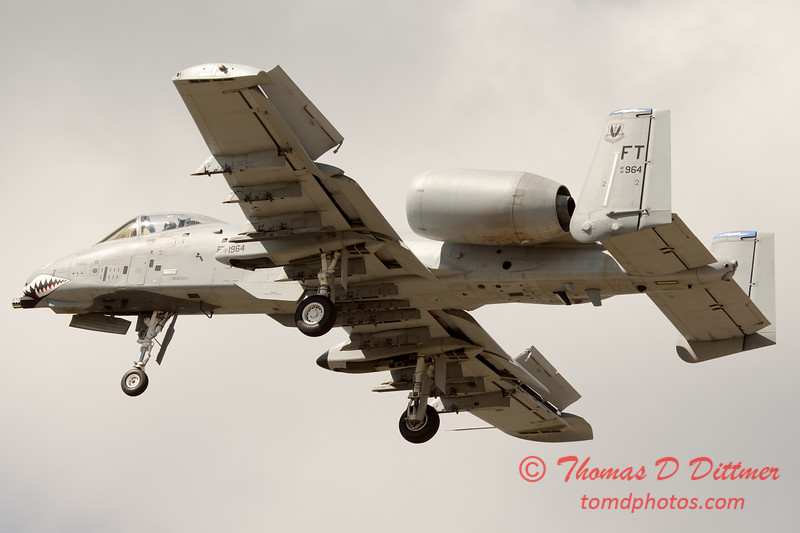 722 - A-10 East performs at Wings over Waukegan 2012