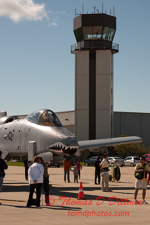 21 - A-10 East Thunderbolt II (Warthog) on display at Wings over Waukegan 2012