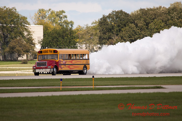 865 - Paul Stender and the Indy Boys School bus ignites the crowd at Wings over Waukegan 2012