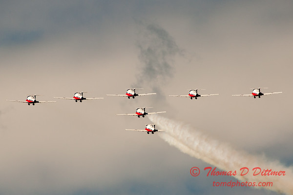1665 - The RCAF Snowbirds performance at Wings over Waukegan 2012