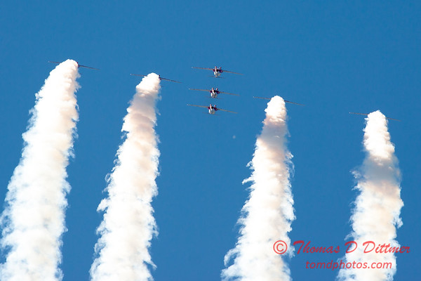 1687 - The RCAF Snowbirds performance at Wings over Waukegan 2012