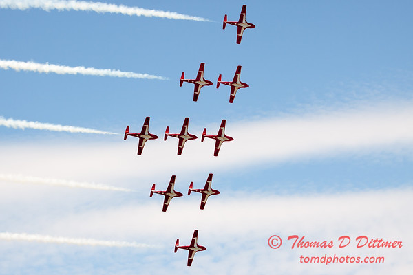 1721 - The RCAF Snowbirds performance at Wings over Waukegan 2012