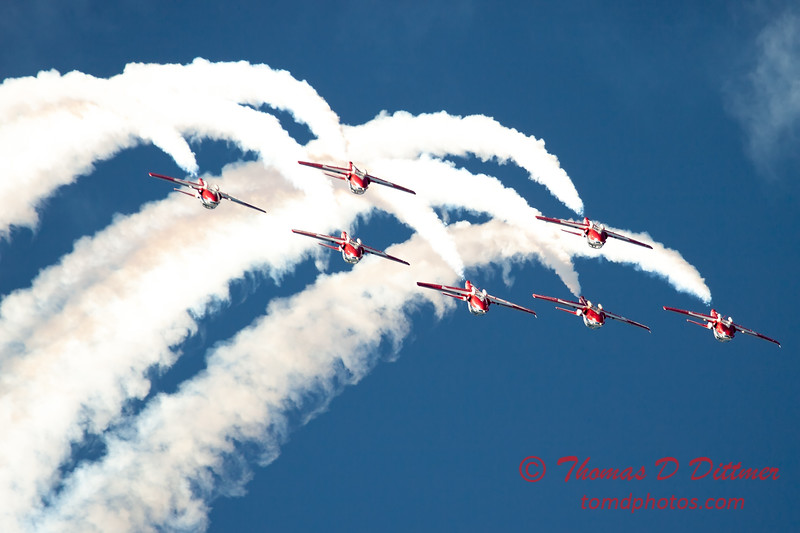 1602 - The RCAF Snowbirds performance at Wings over Waukegan 2012