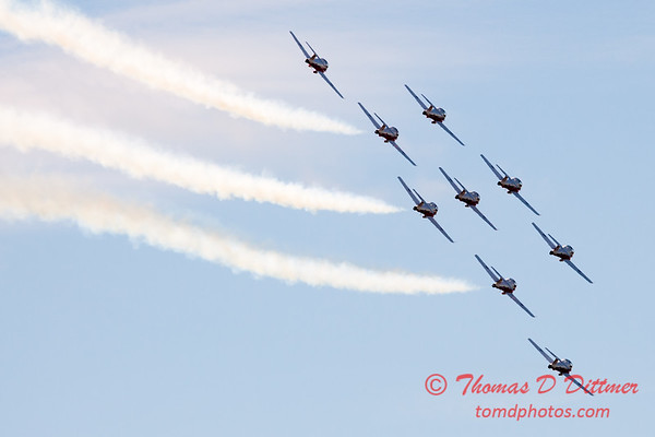 1390 - The RCAF Snowbirds performance at Wings over Waukegan 2012