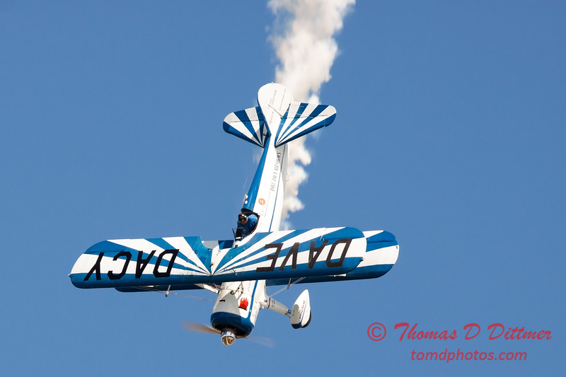 153 - Dave Dacy and his Boeing PT-17 Stearman perform at Wings over Waukegan 2012