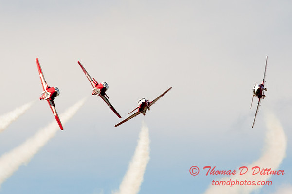 1438 - The RCAF Snowbirds performance at Wings over Waukegan 2012