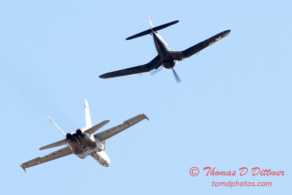 1304 - F4U Corsair and VFA 106 Hornet East F/A-18 US Navy Legacy Flight performing at Wings over Waukegan 2012