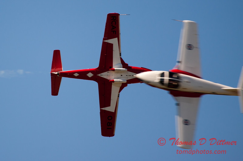 1445 - The RCAF Snowbirds performance at Wings over Waukegan 2012