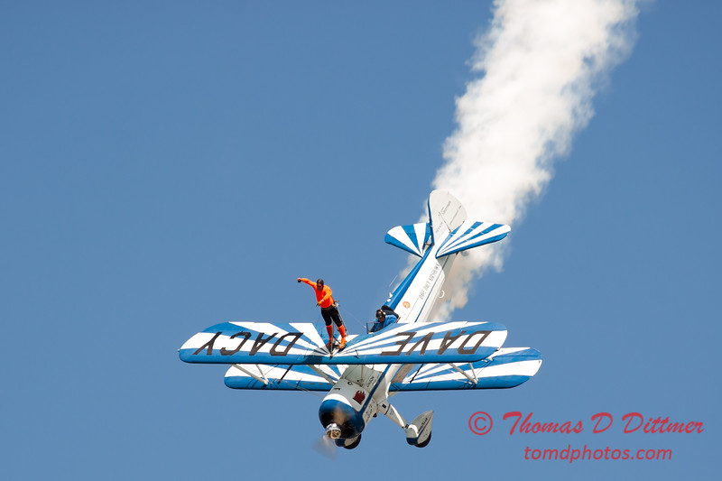 989 - Wingwalker Tony Kazian and Dave Dacy perform at Wings over Waukegan 2012