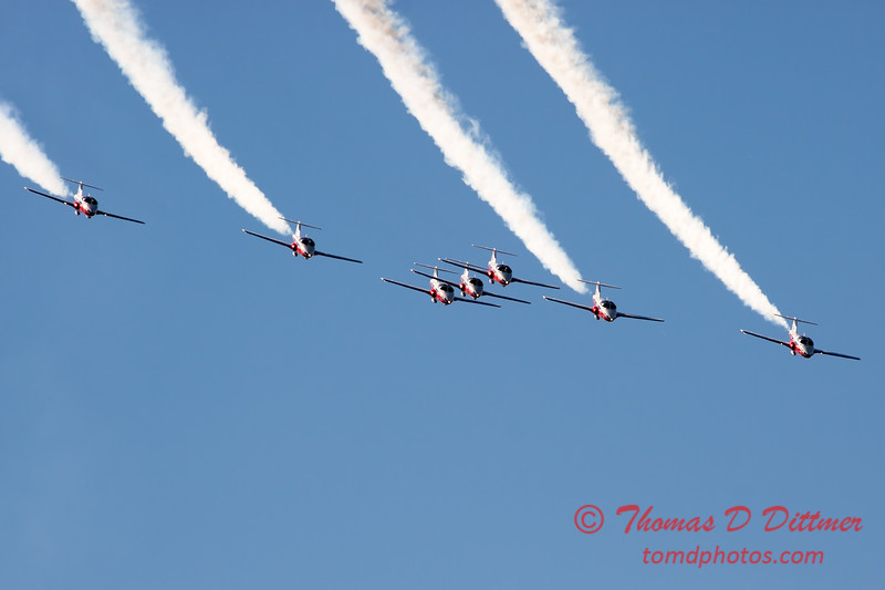 1703 - The RCAF Snowbirds performance at Wings over Waukegan 2012