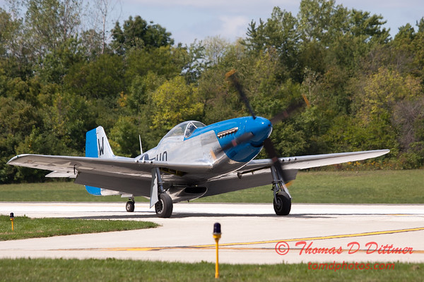 938 - Vlado Lenoch and his P-51 returns to earth at Wings over Waukegan 2012