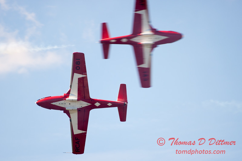 1632 - The RCAF Snowbirds performance at Wings over Waukegan 2012