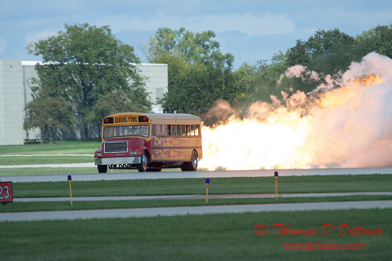 867 - Paul Stender and the Indy Boys School bus ignites the crowd at Wings over Waukegan 2012