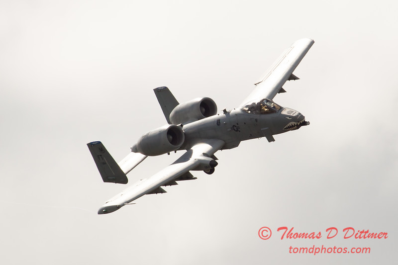 702 - A-10 East performs at Wings over Waukegan 2012