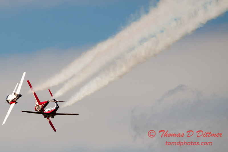 1484 - The RCAF Snowbirds performance at Wings over Waukegan 2012