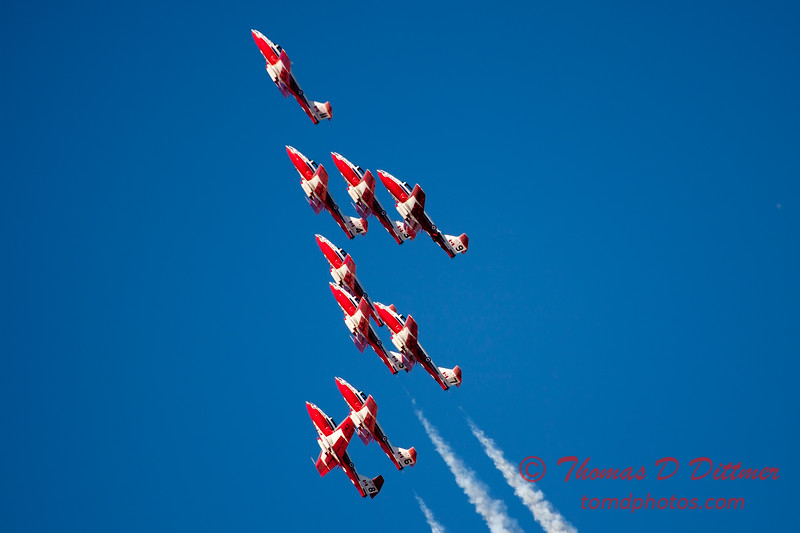 1412 - The RCAF Snowbirds performance at Wings over Waukegan 2012