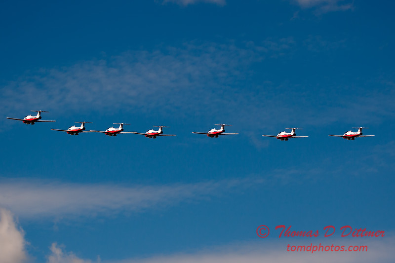 1583 - The RCAF Snowbirds performance at Wings over Waukegan 2012