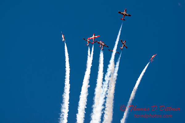 1753 - The RCAF Snowbirds performance at Wings over Waukegan 2012