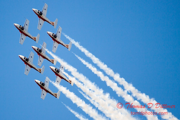 1537 - The RCAF Snowbirds performance at Wings over Waukegan 2012