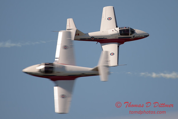 1531 - The RCAF Snowbirds performance at Wings over Waukegan 2012