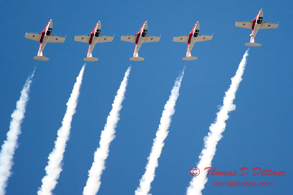 1452 - The RCAF Snowbirds performance at Wings over Waukegan 2012