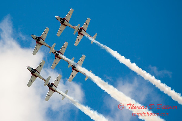 1541 - The RCAF Snowbirds performance at Wings over Waukegan 2012