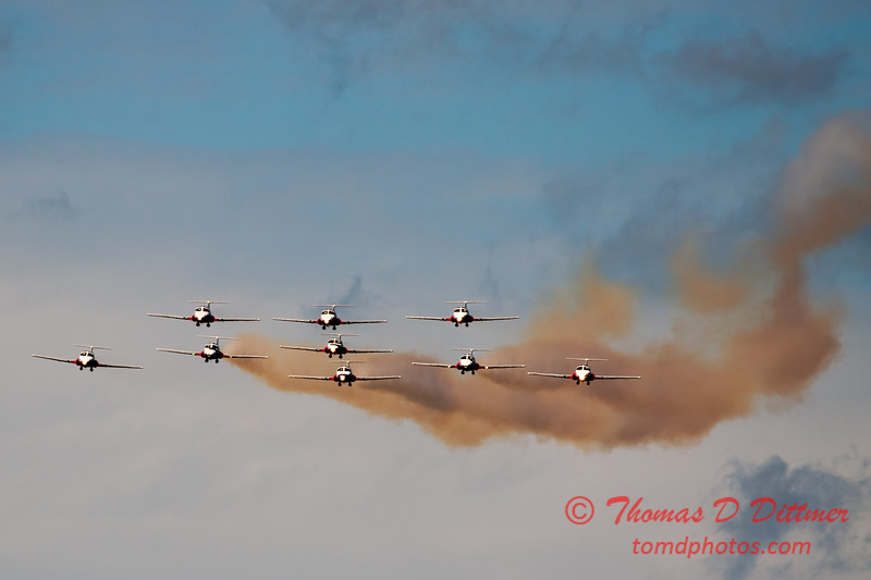 1379 - The RCAF Snowbirds performance at Wings over Waukegan 2012