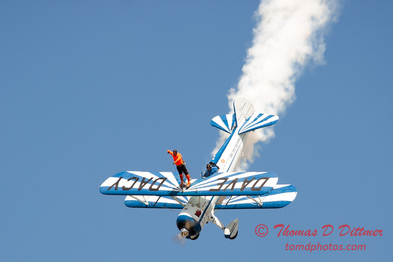 988 - Wingwalker Tony Kazian and Dave Dacy perform at Wings over Waukegan 2012