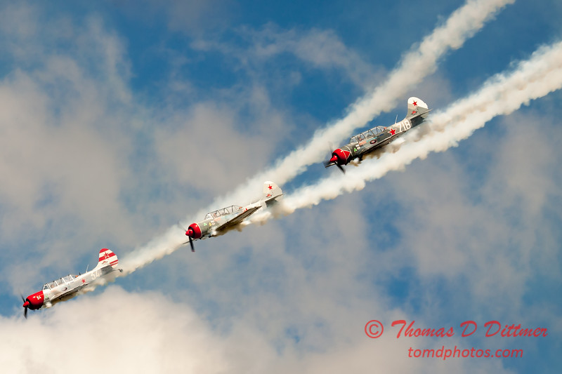 273 - Team Aerostar in Yakovlev Yak-52's perform at Wings over Waukegan 2012