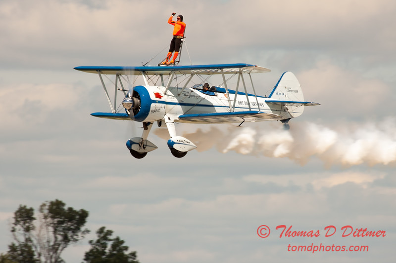 993 - Wingwalker Tony Kazian and Dave Dacy perform at Wings over Waukegan 2012