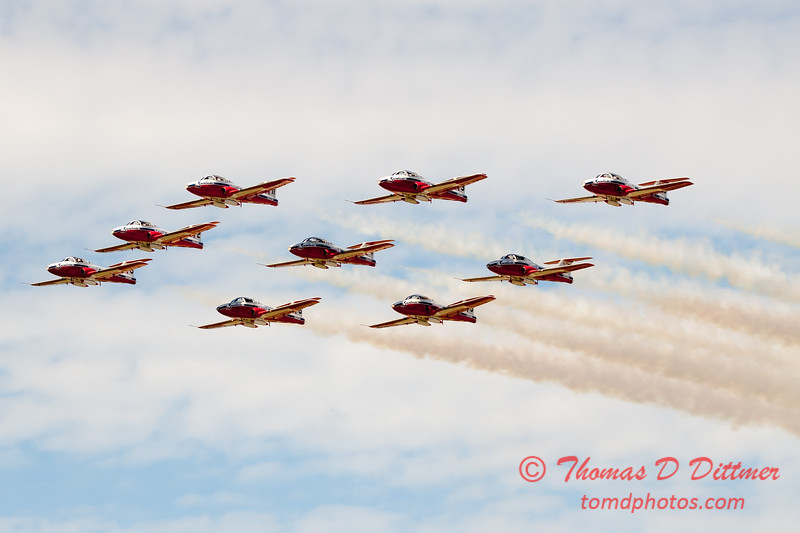 1782 - The RCAF Snowbirds performance at Wings over Waukegan 2012
