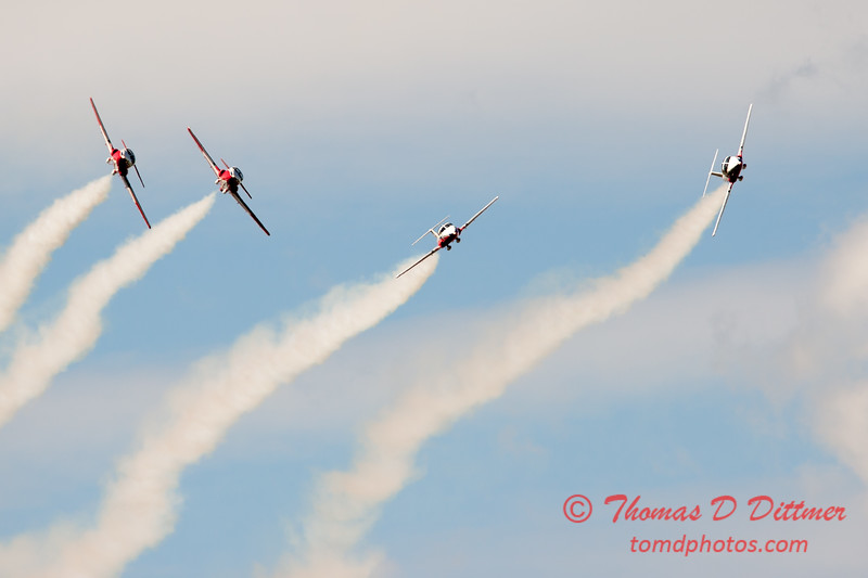 1434 - The RCAF Snowbirds performance at Wings over Waukegan 2012