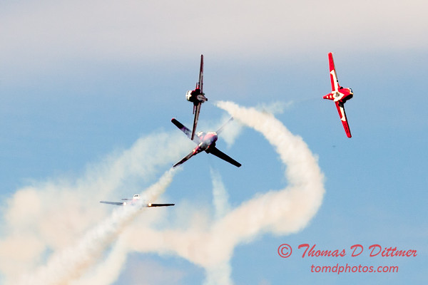 1477 - The RCAF Snowbirds performance at Wings over Waukegan 2012