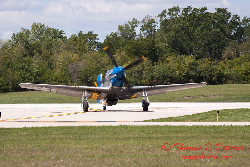 945 - Vlado Lenoch and his P-51 returns to earth at Wings over Waukegan 2012