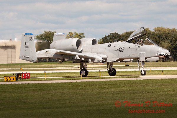 857 - A-10 East arrives at Wings over Waukegan 2012