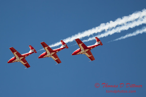 1479 - The RCAF Snowbirds performance at Wings over Waukegan 2012