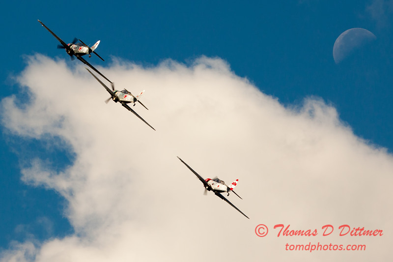283 - Team Aerostar in Yakovlev Yak-52's perform at Wings over Waukegan 2012