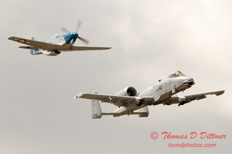 """786 - Vlado Lenoch in his P-51 Mustang and A-10 East in the """"Heritage Flight"""" at Wings over Waukegan 2012"""