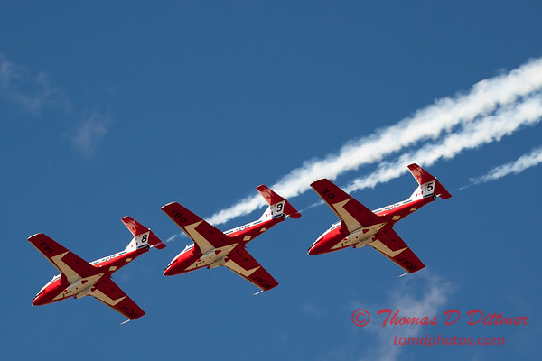1481 - The RCAF Snowbirds performance at Wings over Waukegan 2012