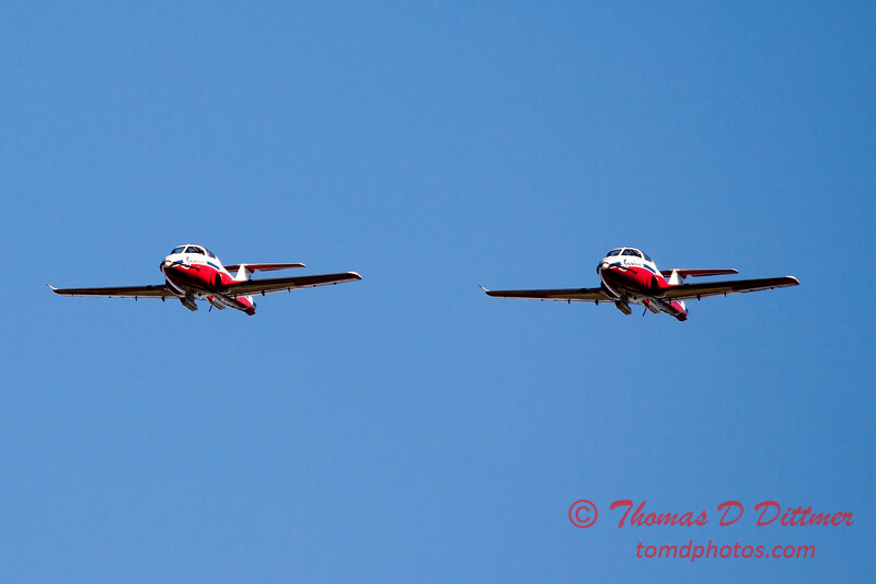 1610 - The RCAF Snowbirds performance at Wings over Waukegan 2012