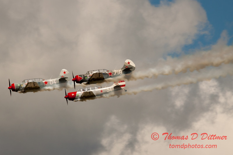 378 - Team Aerostar in Yakovlev Yak-52's perform at Wings over Waukegan 2012
