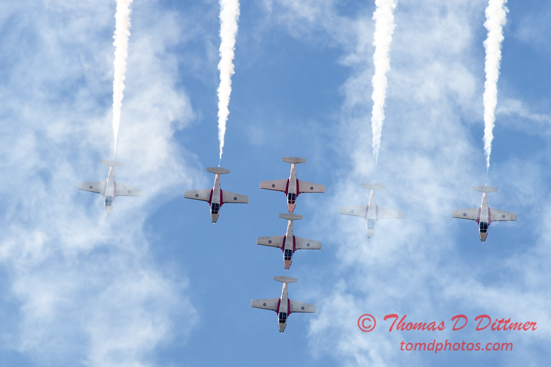 1689 - The RCAF Snowbirds performance at Wings over Waukegan 2012