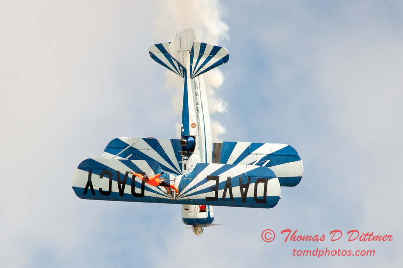 987 - Wingwalker Tony Kazian and Dave Dacy perform at Wings over Waukegan 2012