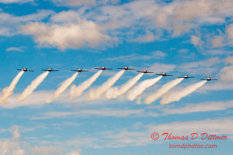 1760 - The RCAF Snowbirds performance at Wings over Waukegan 2012