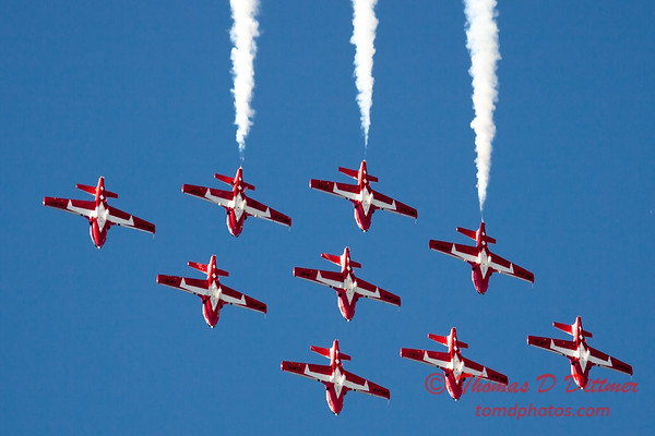 1356 - The RCAF Snowbirds performance at Wings over Waukegan 2012