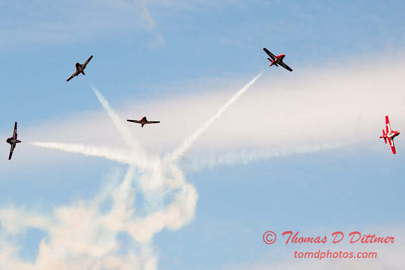 1478 - The RCAF Snowbirds performance at Wings over Waukegan 2012