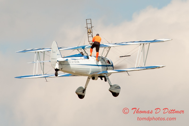 972 - Wingwalker Tony Kazian and Dave Dacy perform at Wings over Waukegan 2012