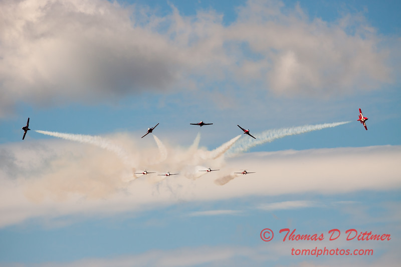 1429 - The RCAF Snowbirds performance at Wings over Waukegan 2012
